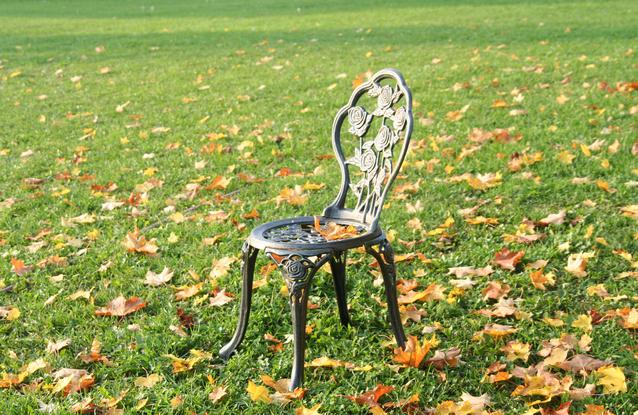 chair-1223212-638×415