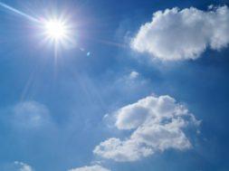 zon aan de hemel