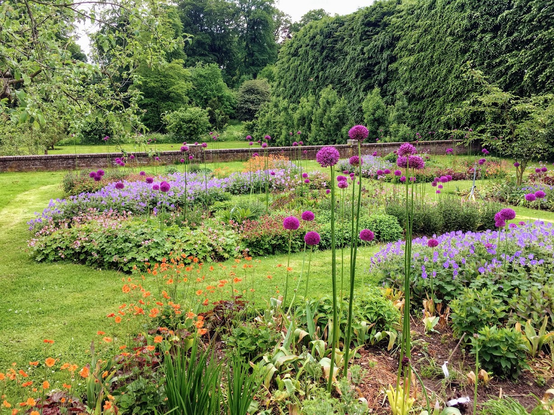 Ontdek de groene schatkamer van Nederland met de Open Tuinen Gids 2021!